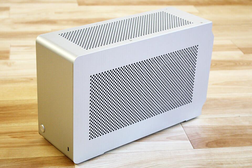 Dan Cases A4-SFX V4 レビュー