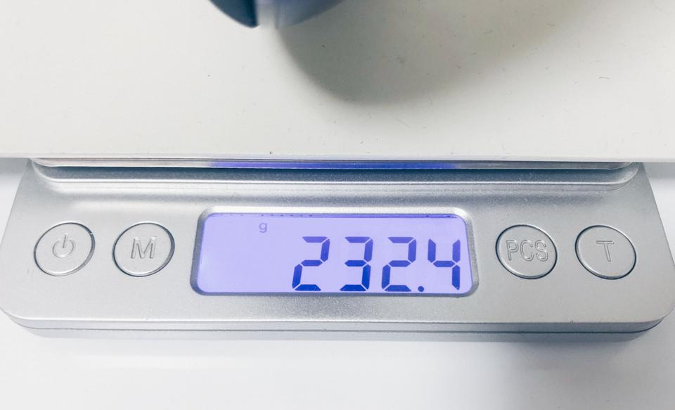 3COINS ネックスピーカーの重量