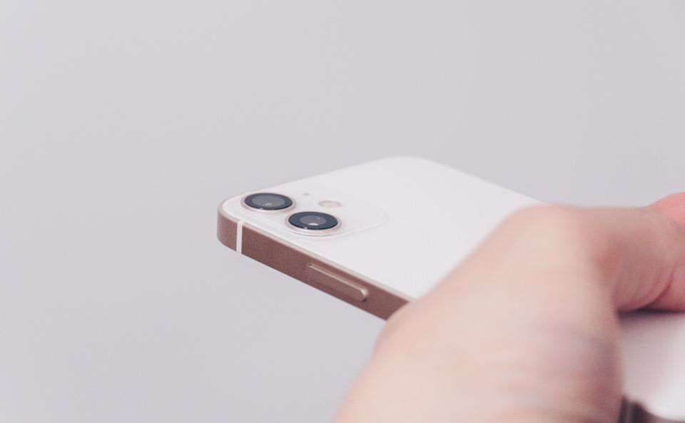 iPhone12 miniの背面カメラ