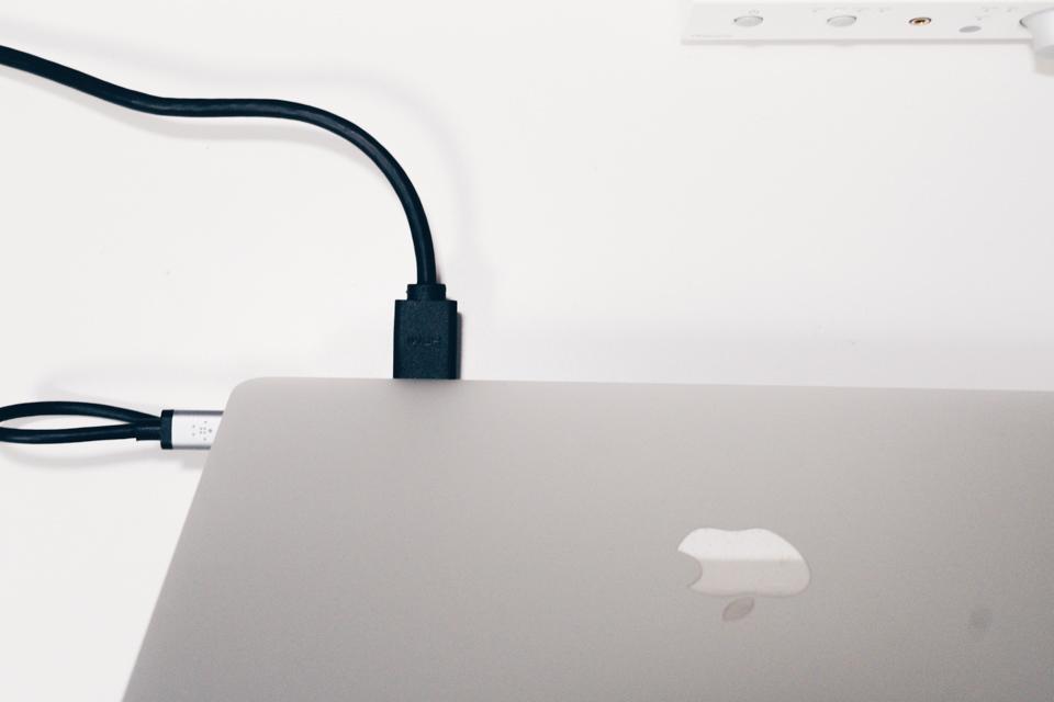 Belkin USB-C 11-in-1マルチポートドックで外部ディスプレイに出力