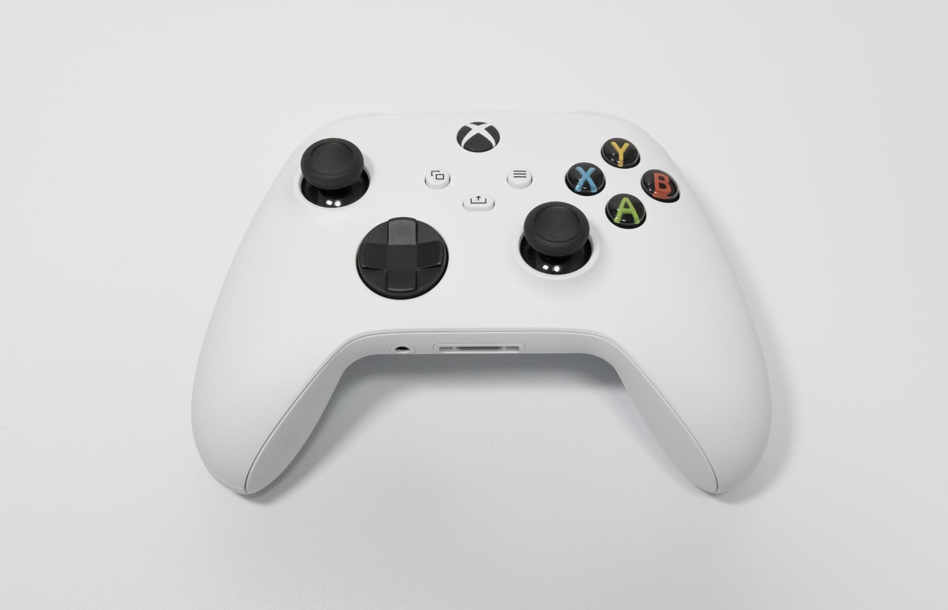 Xbox ワイヤレスコントローラー レビュー