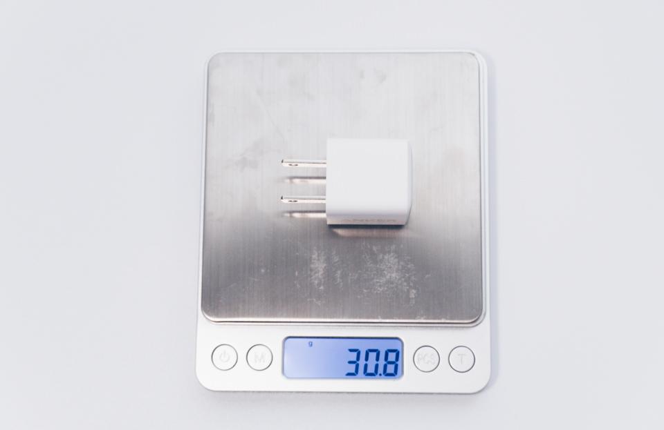 Anker PowerPort III Nano 20Wの重量