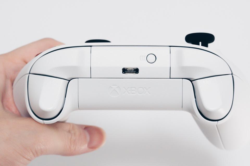 Xbox ワイヤレスコントローラーのUSB-Cポート