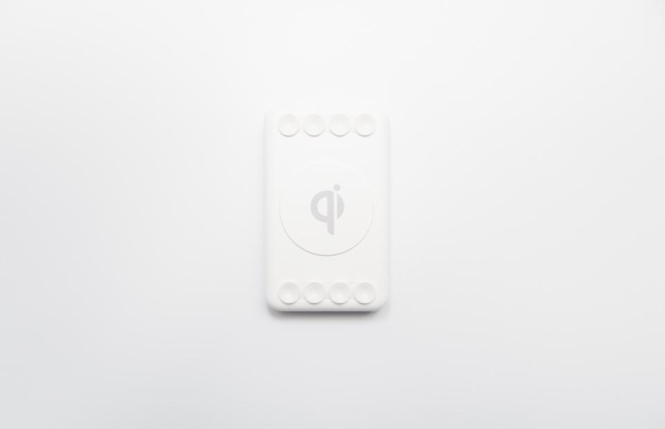 3COINSワイヤレスモバイルバッテリー本体