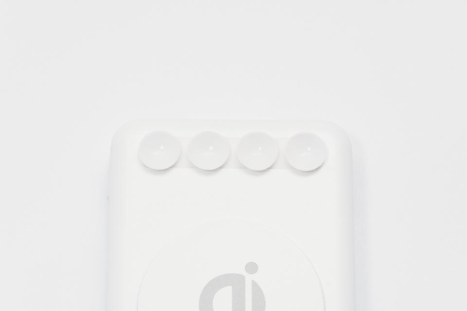 3COINSワイヤレスモバイルバッテリーにある吸盤