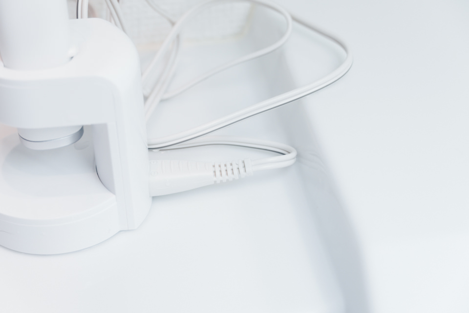 ドルツ音波電動歯ブラシ EW-CDP34の電源コネクタが固い
